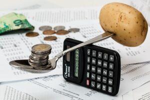 coins, calculator, budget-1015125.jpg